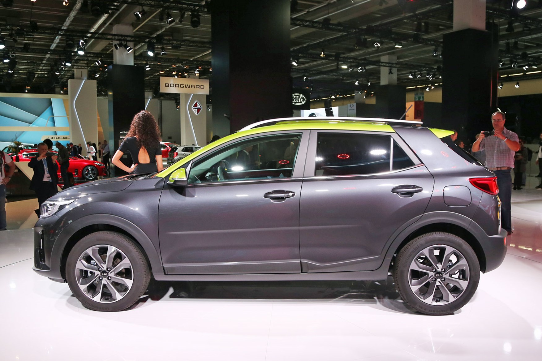 Stonic Boom New Kia Stonic Joins The Compact Crossover Club By Car Magazine