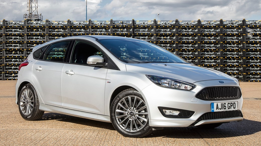 bf1997100c Ford Focus ST-Line (2017) review