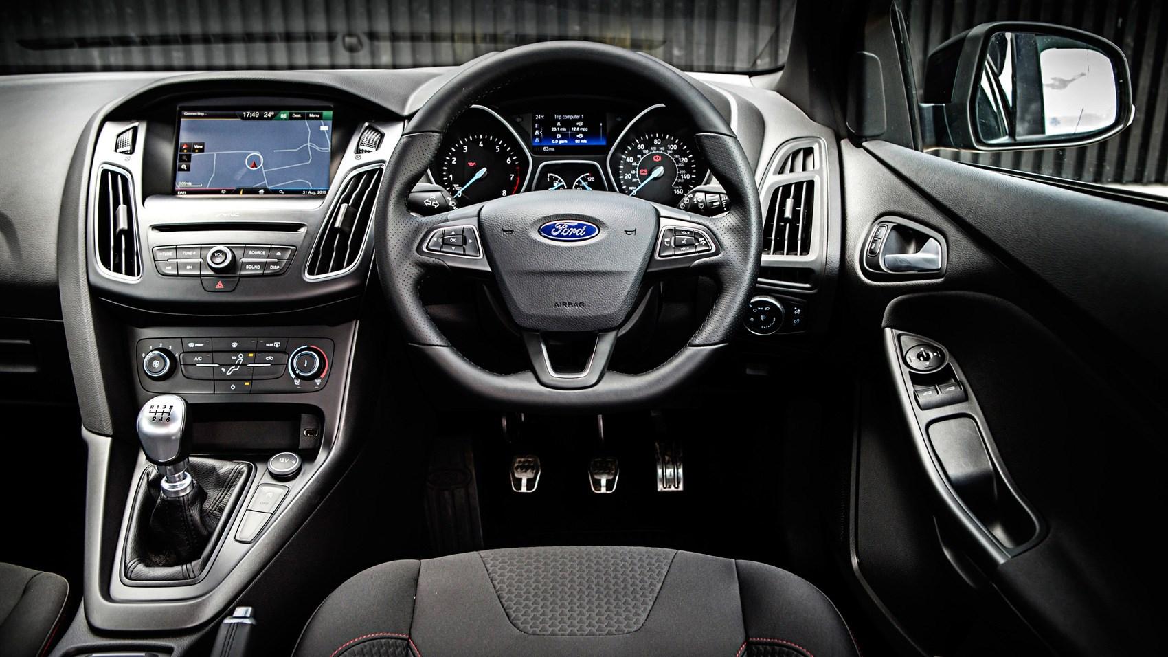 Ford Focus ST Line 2017 review CAR Magazine