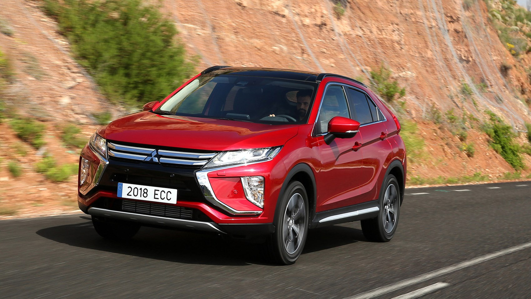 mitsubishi eclipse cross 1 5 4wd cvt 2017 review by car. Black Bedroom Furniture Sets. Home Design Ideas
