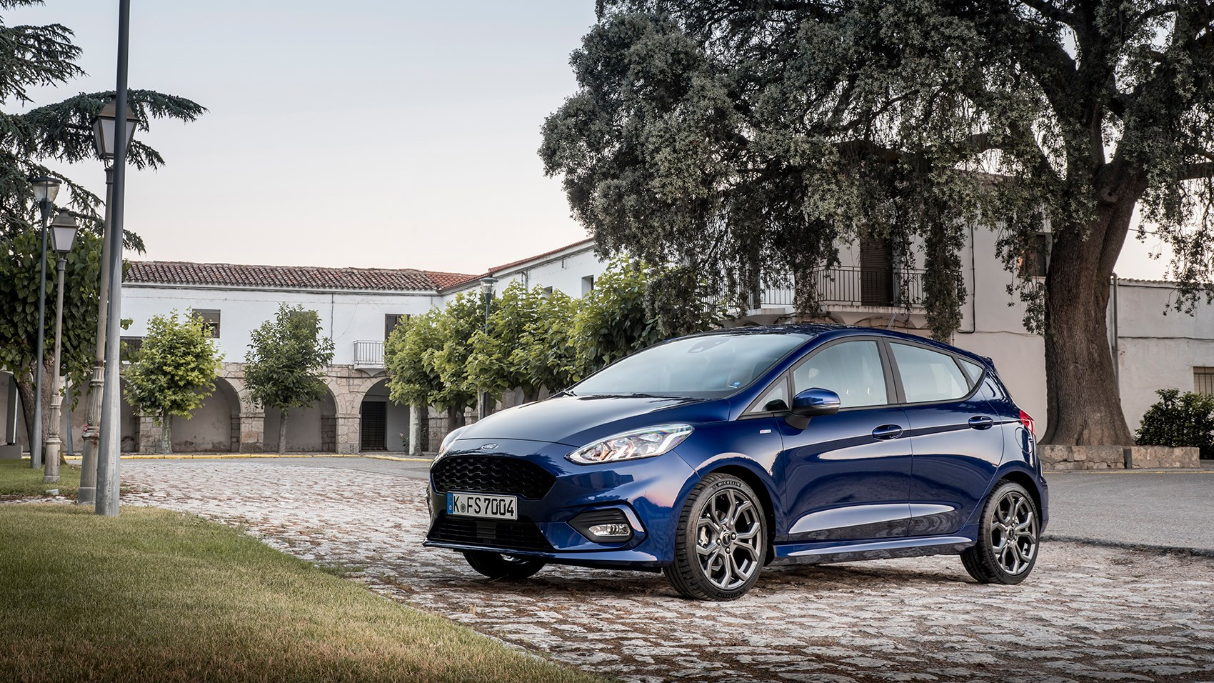 ford fiesta 2017 review by car magazine. Black Bedroom Furniture Sets. Home Design Ideas