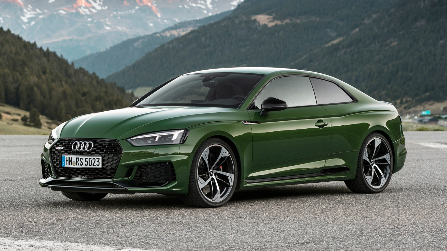 Audi RS5 coupe (2017) review by CAR Magazine
