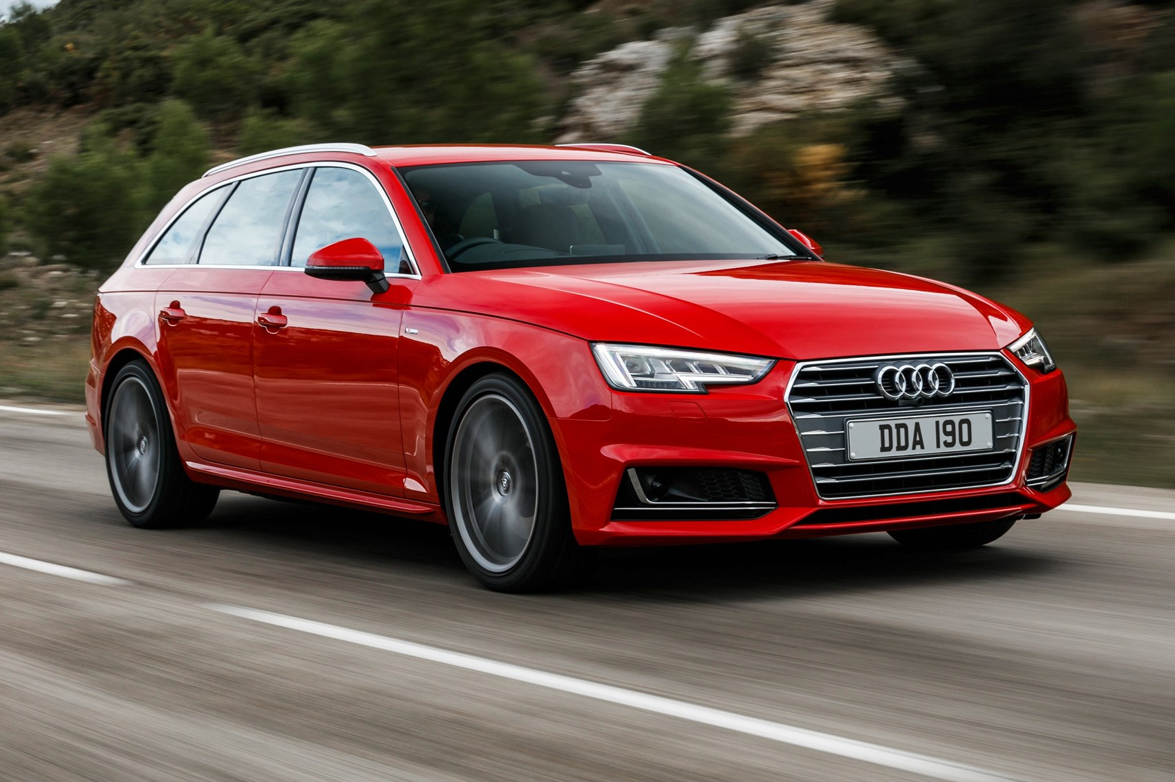 Audi RS4 Avant (2018) review: specs, prices, on-sale dates, pictures
