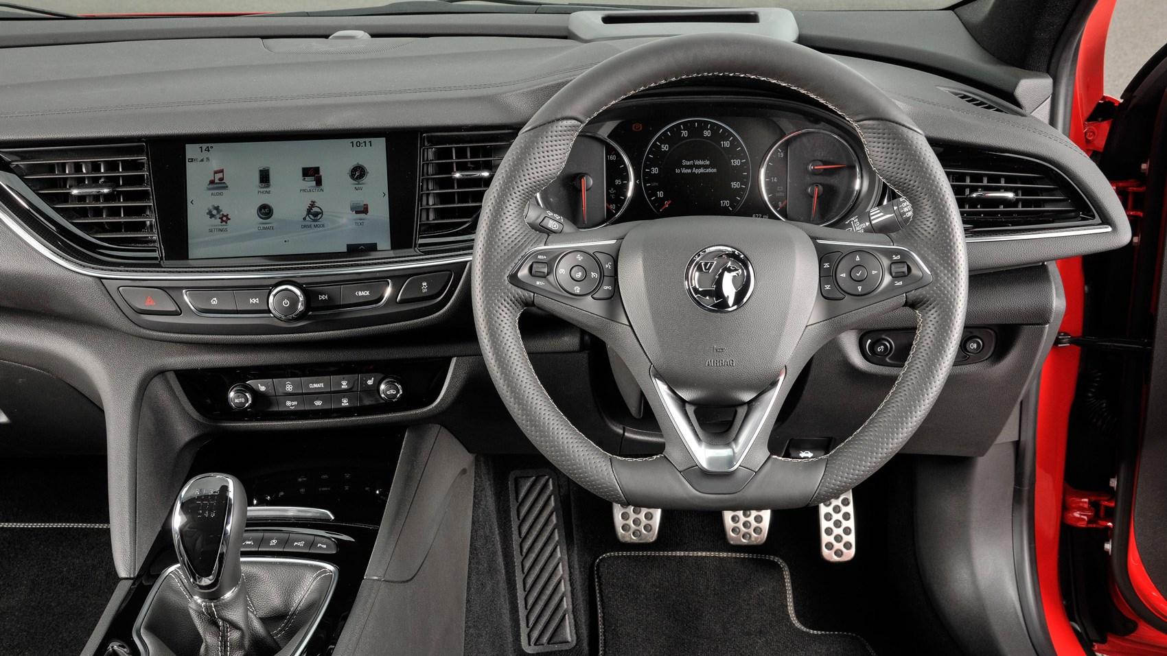 0 Down Lease Deals >> Vauxhall Insignia Sports Tourer (2017) review | CAR Magazine