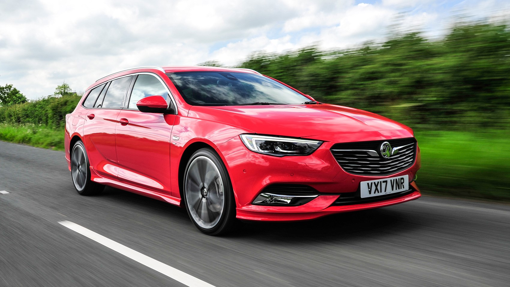 vauxhall insignia sports tourer 2017 review car magazine. Black Bedroom Furniture Sets. Home Design Ideas