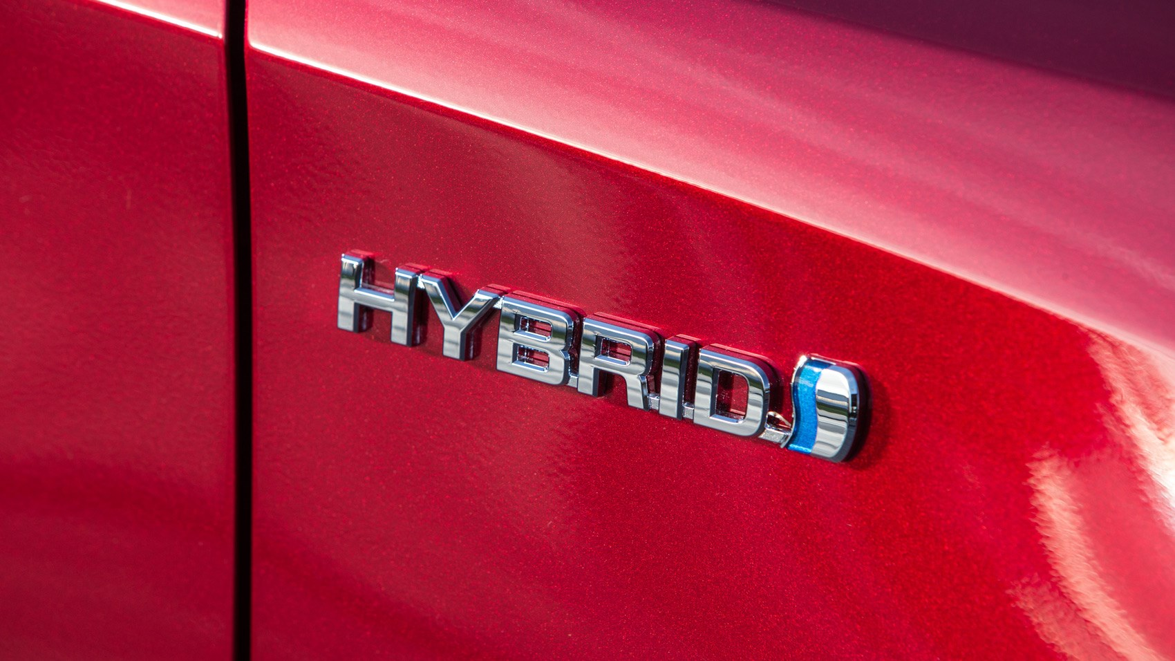 Toyota Auris hybrid badge