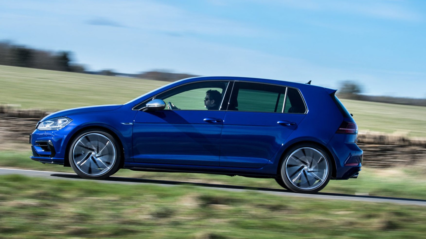 Golf R Estate 2017 >> VW Golf R review and Performance Pack | CAR Magazine