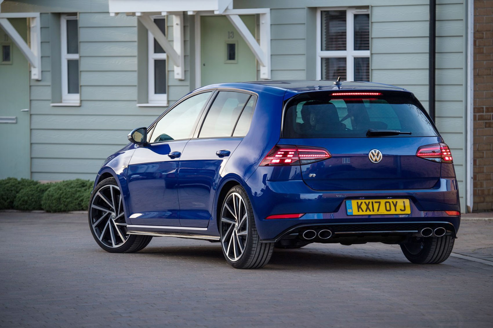vw golf r review and performance pack by car magazine. Black Bedroom Furniture Sets. Home Design Ideas