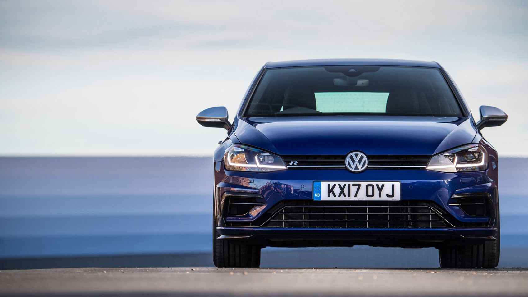 vw golf r review and performance pack car magazine. Black Bedroom Furniture Sets. Home Design Ideas