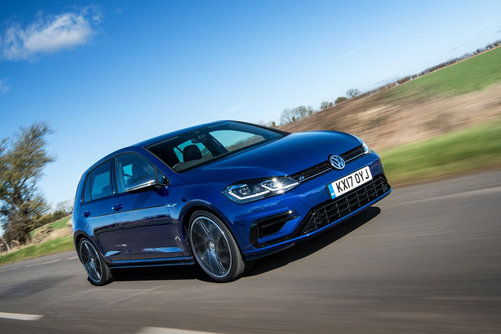 New 2017 VW Golf R review by CAR magazine