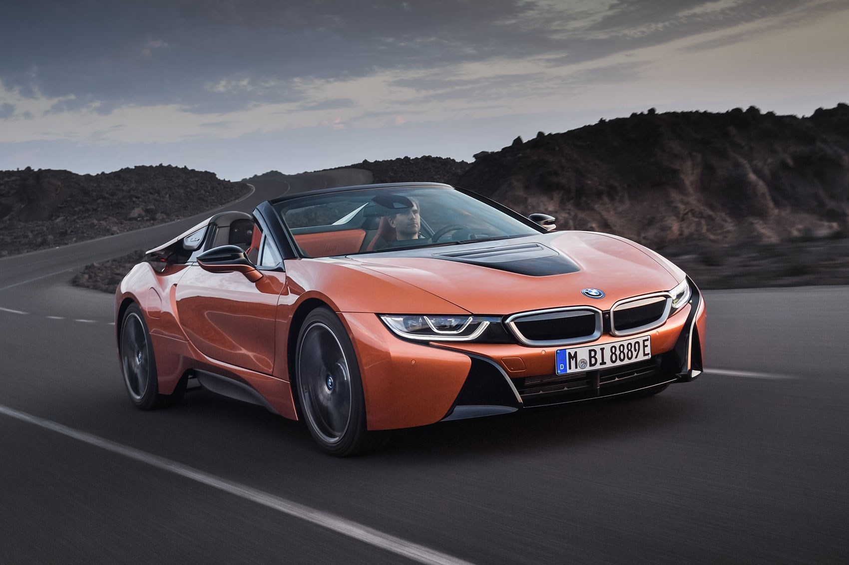 Soft Top Super Hybrid 2018 Bmw I8 Roadster Revealed By Car Magazine