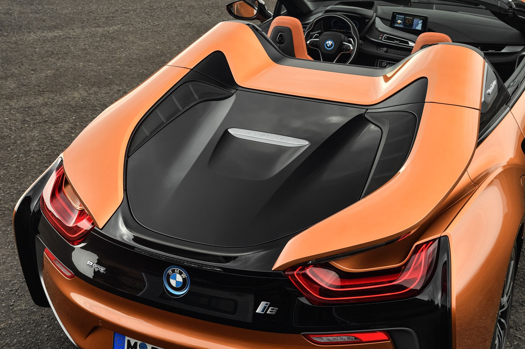 Soft Top Super Hybrid 2018 Bmw I8 Roadster Revealed Car Magazine