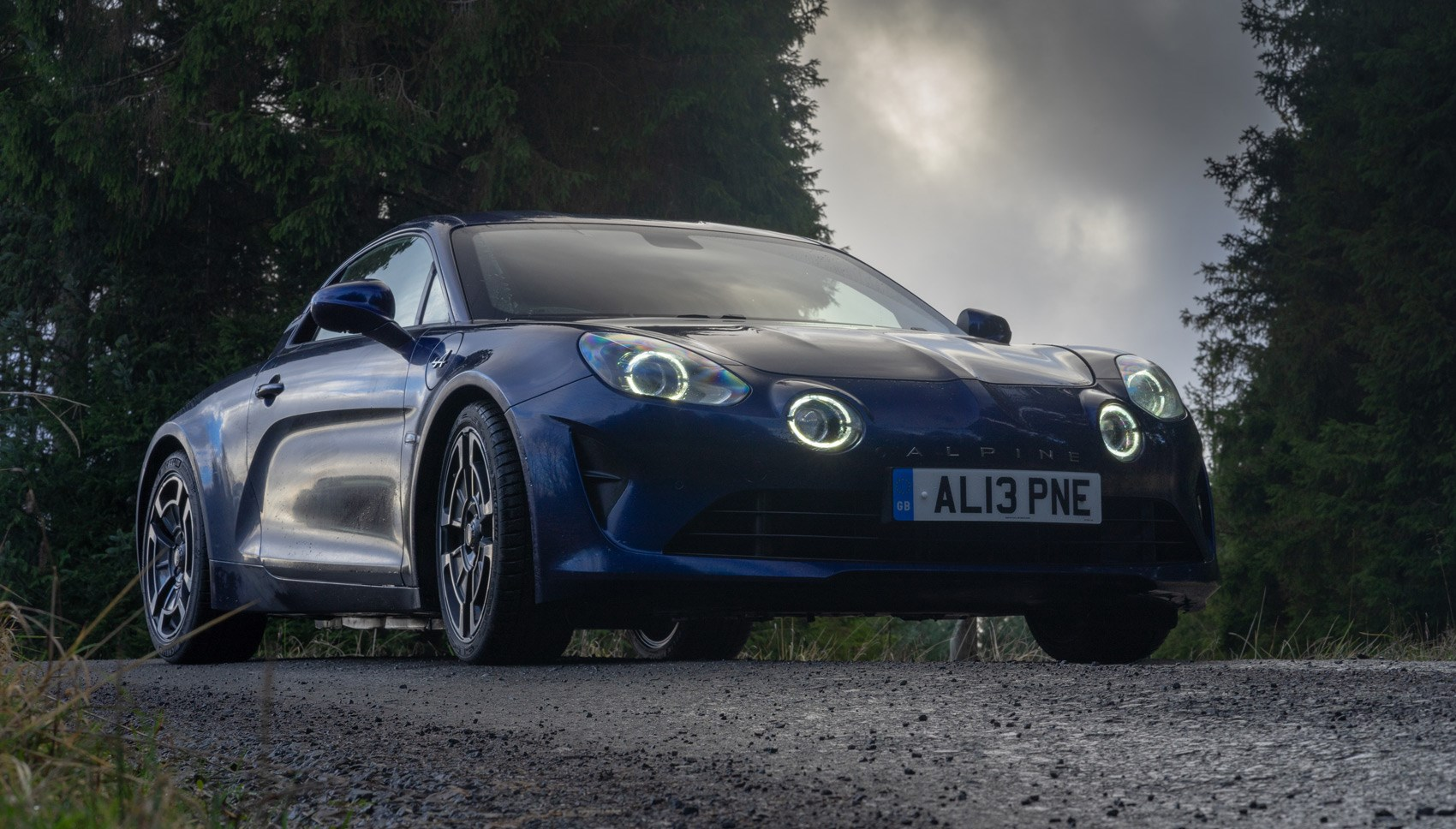 Alpine A110 Legende front quarter