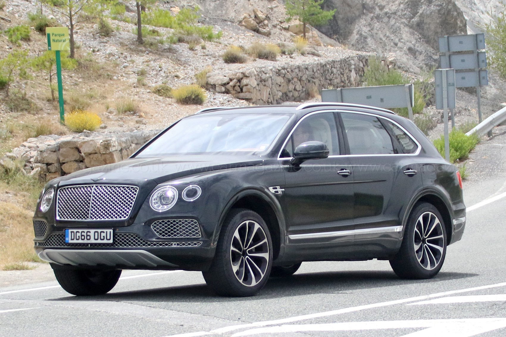 Bentley Bentayga plug-in hybrid spyshots by CAR Magazine