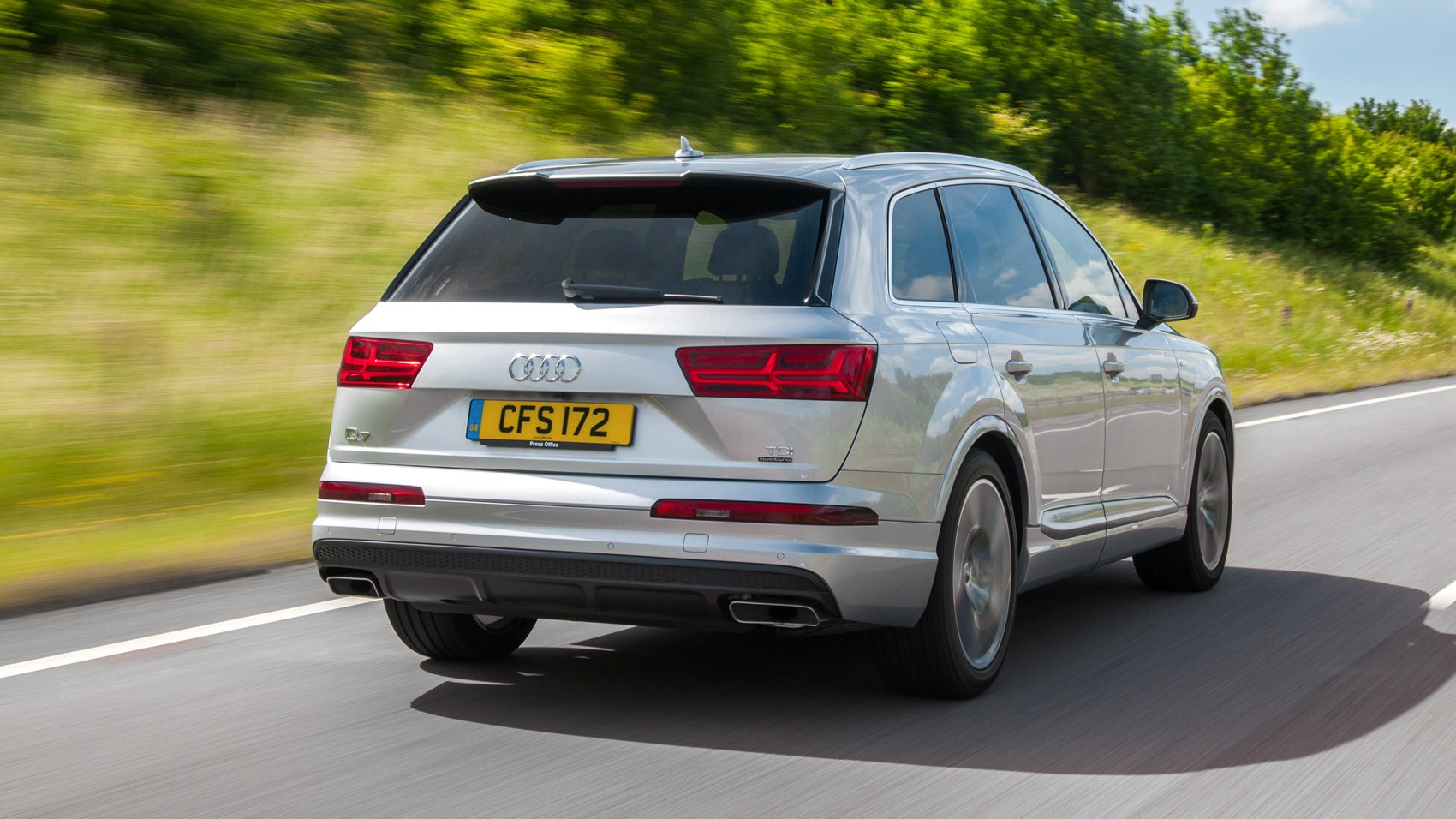 Audi Q TDI SE Review CAR Magazine - Audi q7 tdi