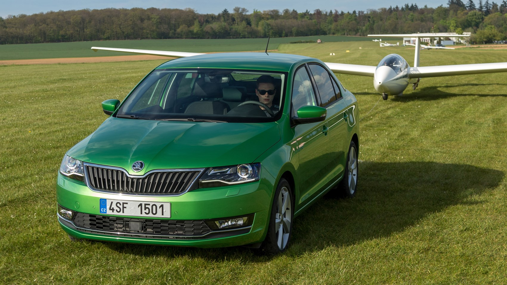skoda rapid 1 6 tdi se l 2017 review car magazine. Black Bedroom Furniture Sets. Home Design Ideas