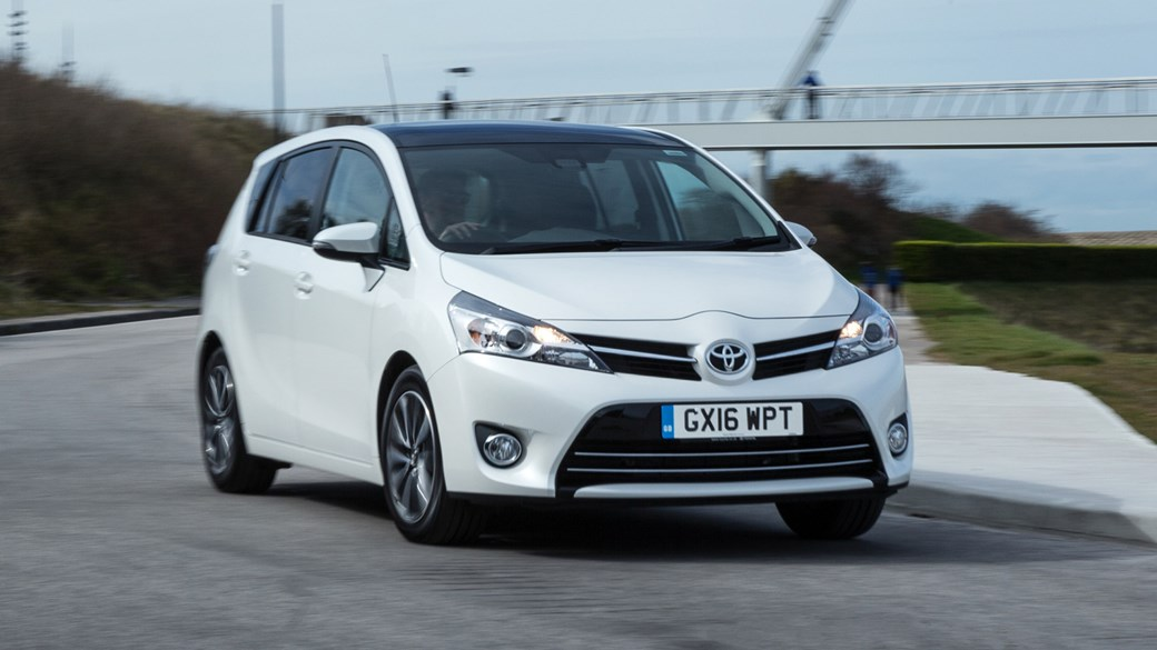 toyota verso 1.6d design (2017) review | car magazine