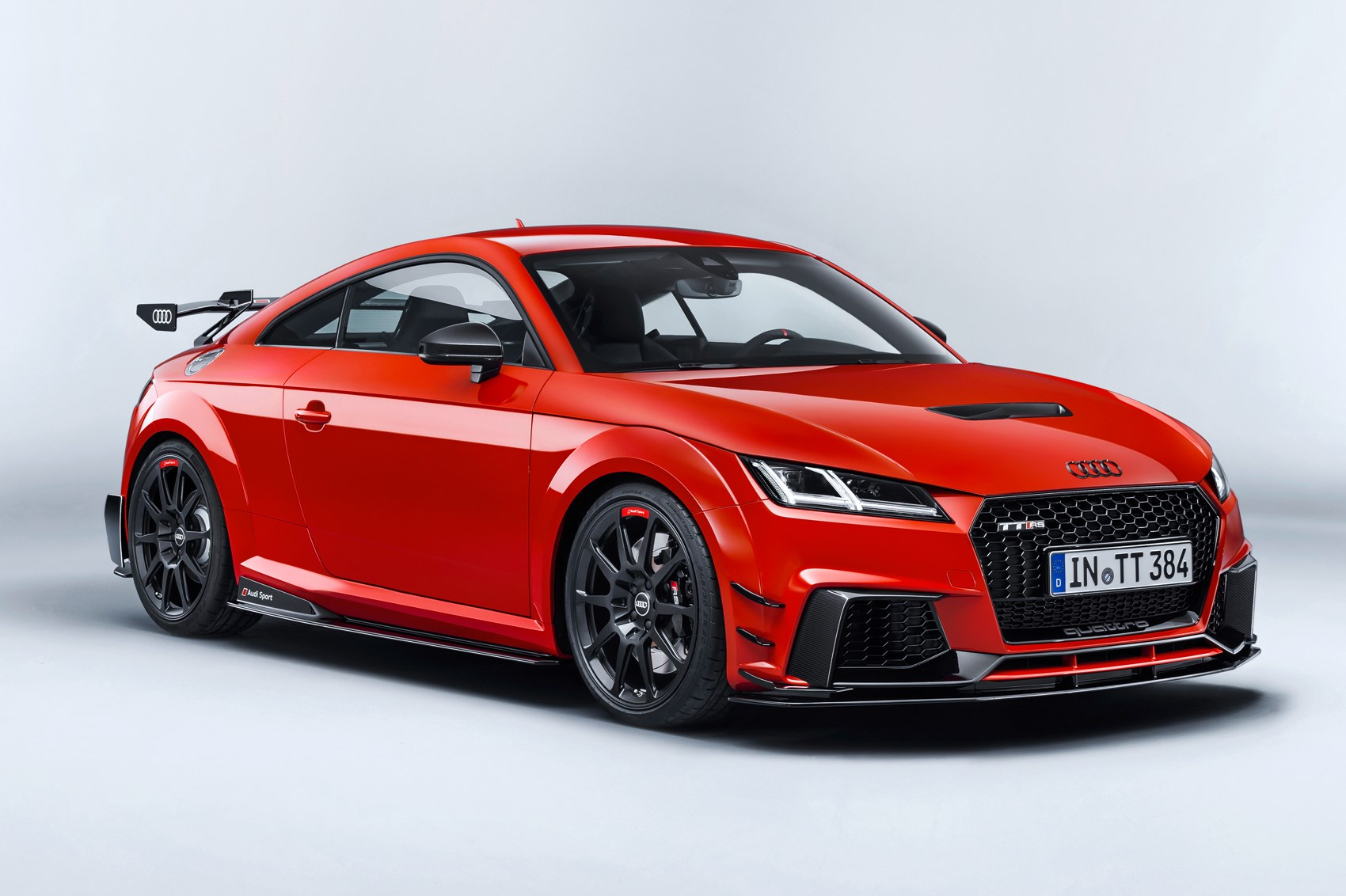 Audi R8 and Audi TT Performance Parts revealed