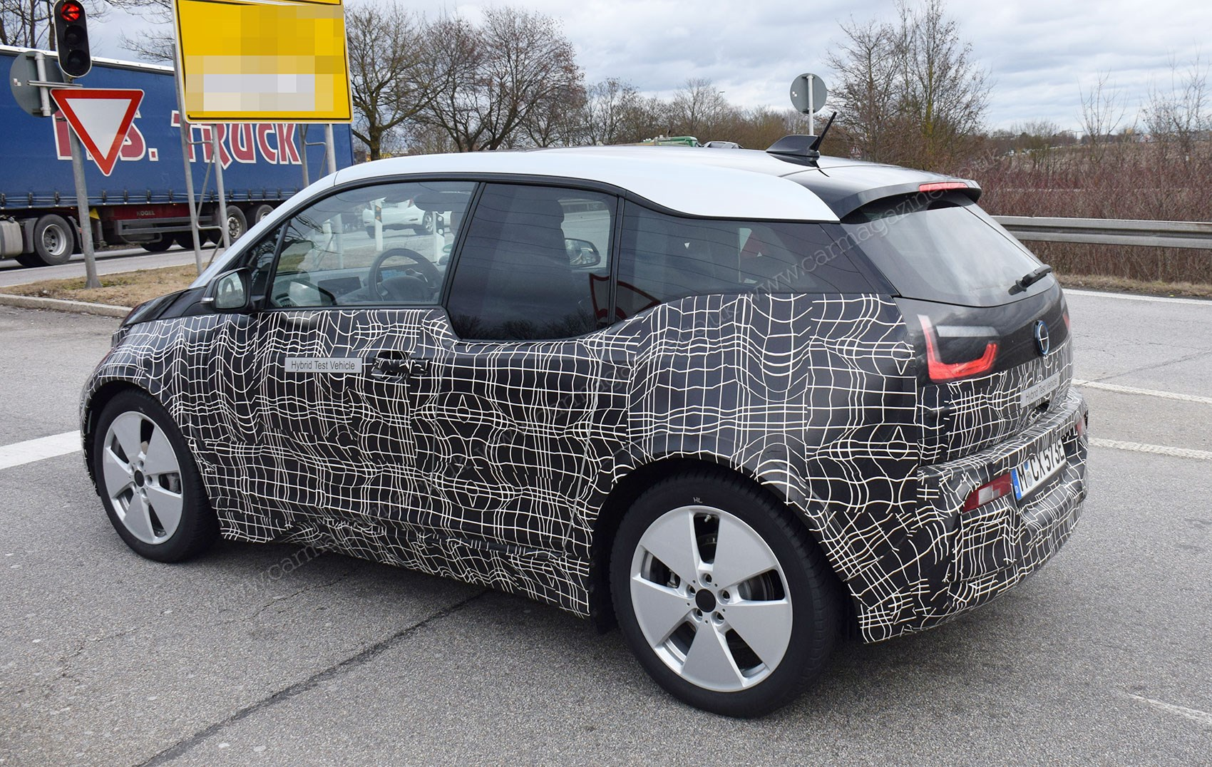 2018 bmw electric cars. delighful bmw note new twopiece tailgate for 2018 bmw i3 electric car throughout bmw cars