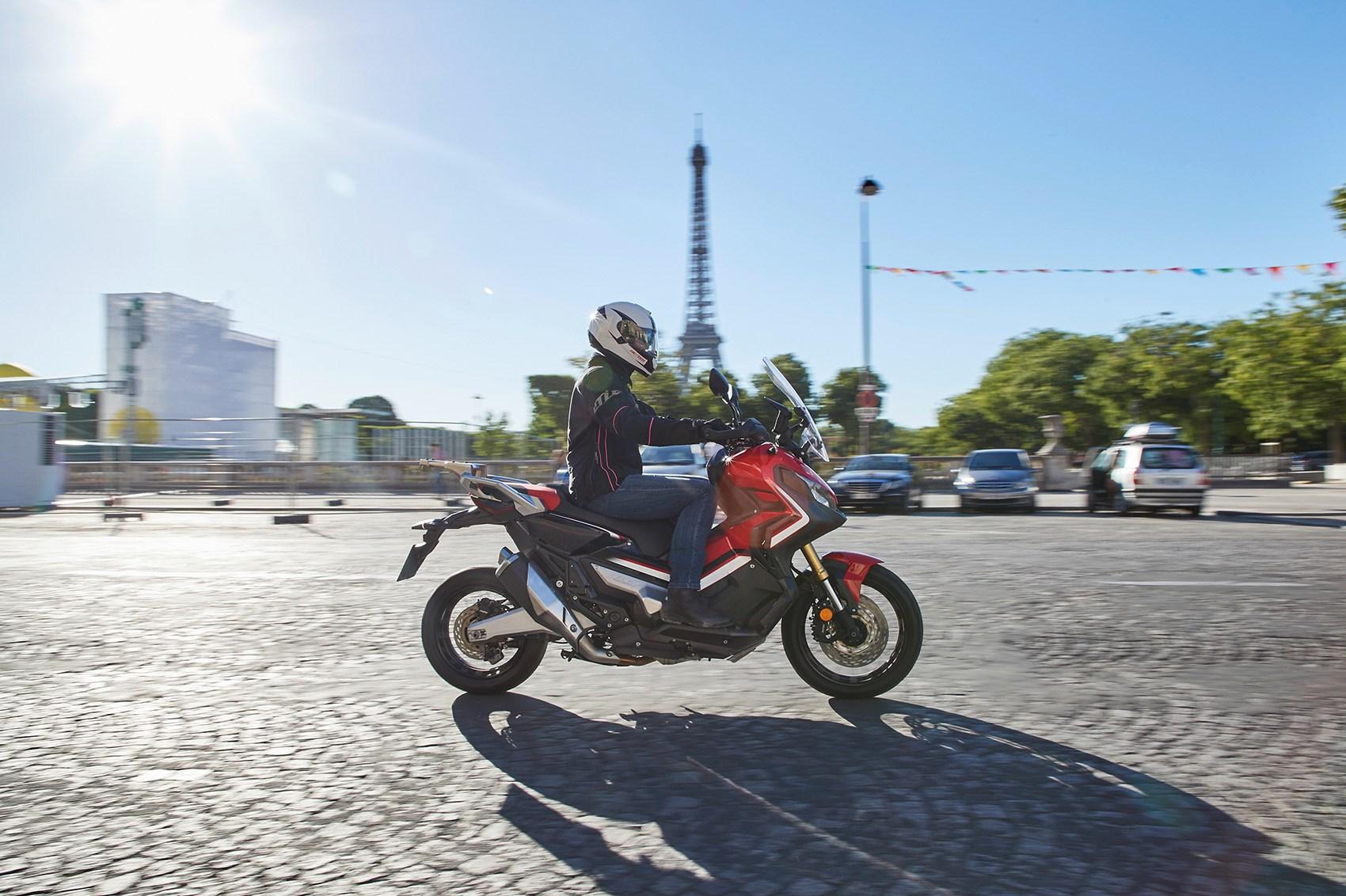 Honda X-ADV city