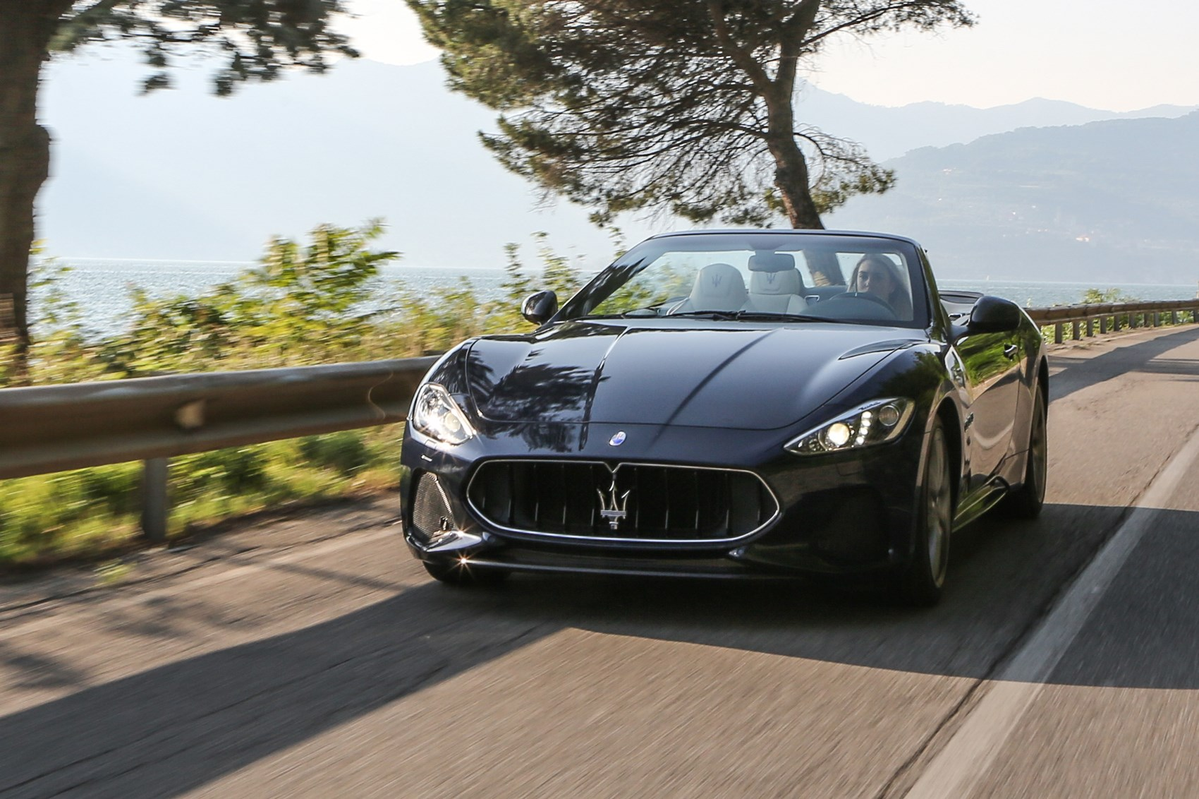 Maserati Grancabrio Sport 2017 Review By Car Magazine