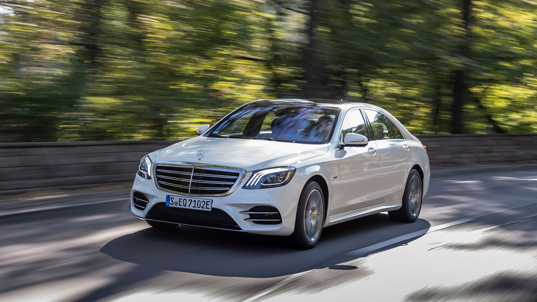 Best Luxury Cars To Lease >> Mercedes-Benz S-class review: we drive the S560e hybrid ...