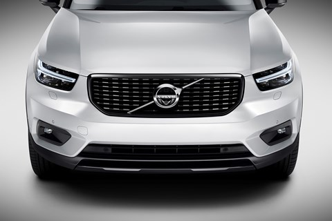 Trademark Thor's Hammer headlights on the Volvo XC40