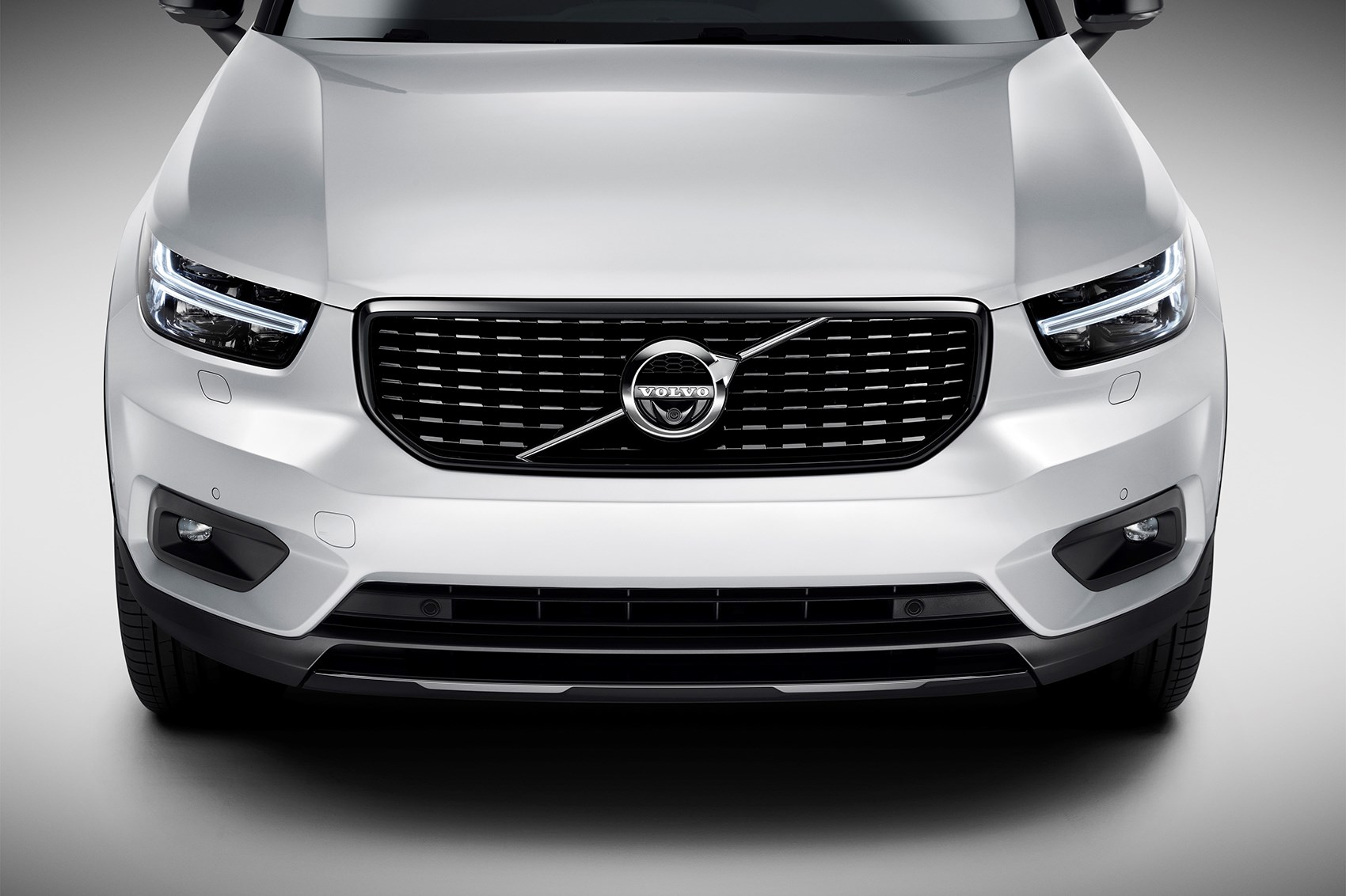Volvo brought the baby the biggest box with the car 80