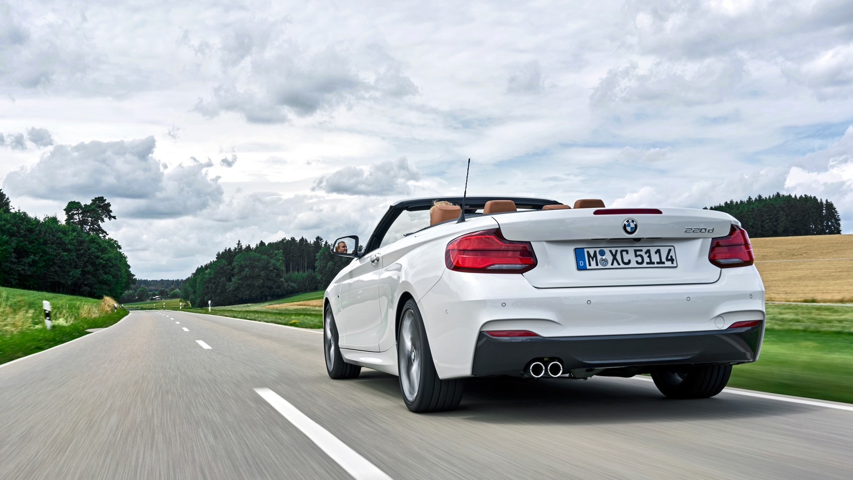 Bmw 220d convertible rear tracking