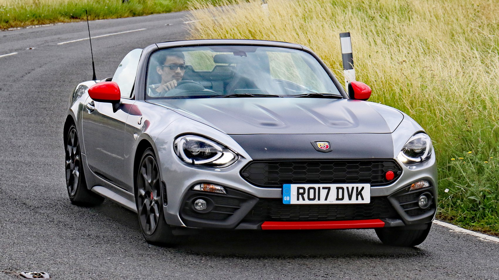 abarth 124 spider vs mazda mx 5 bbr twin test review car magazine. Black Bedroom Furniture Sets. Home Design Ideas