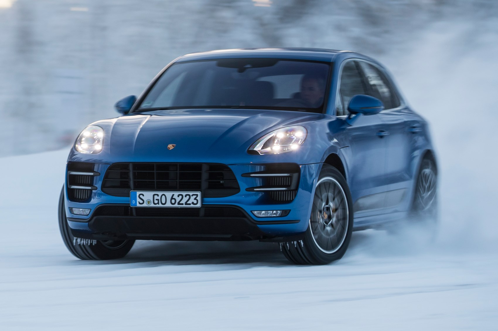 Infiniti Lease Deals >> Porsche Macan Turbo Performance Pack (2017) review by CAR ...