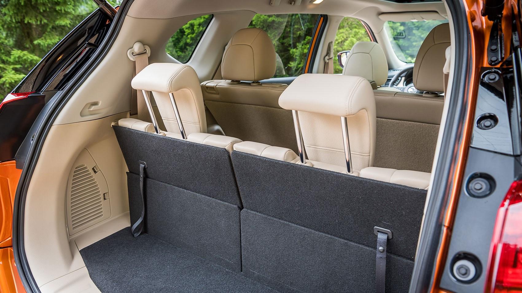nissan x trail 2017 facelift review car magazine. Black Bedroom Furniture Sets. Home Design Ideas