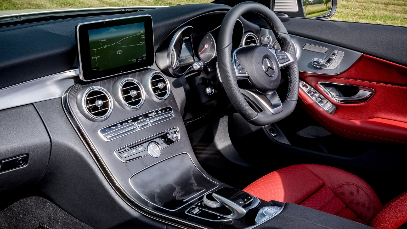Mercedes c220d cabriolet 2017 review car magazine for Mercedes benz c300 red interior