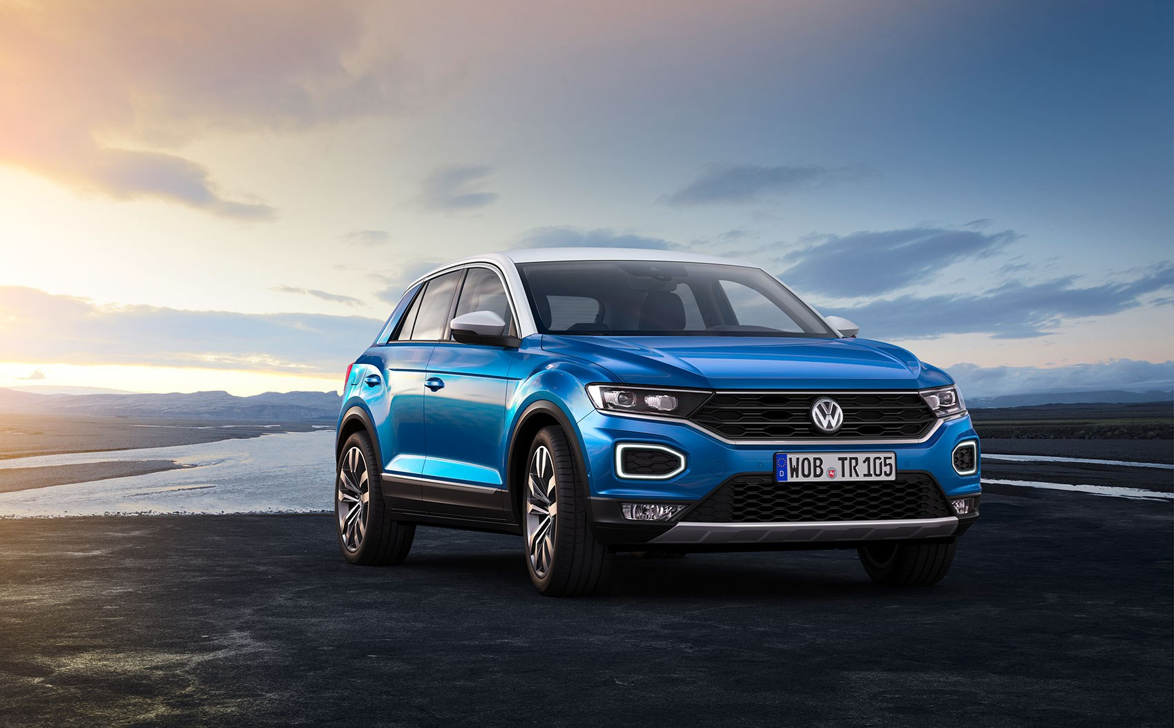 Vw t roc revealed news photos specs prices by car magazine for Auto interieur bekleden prijs