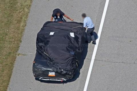 Orta motorlu Corvette?