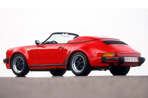 Porsche 911 Speedster red