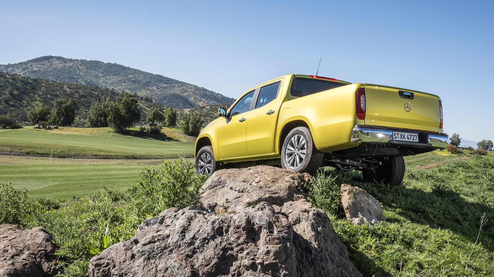 Mercedes X-Class yellow off-road