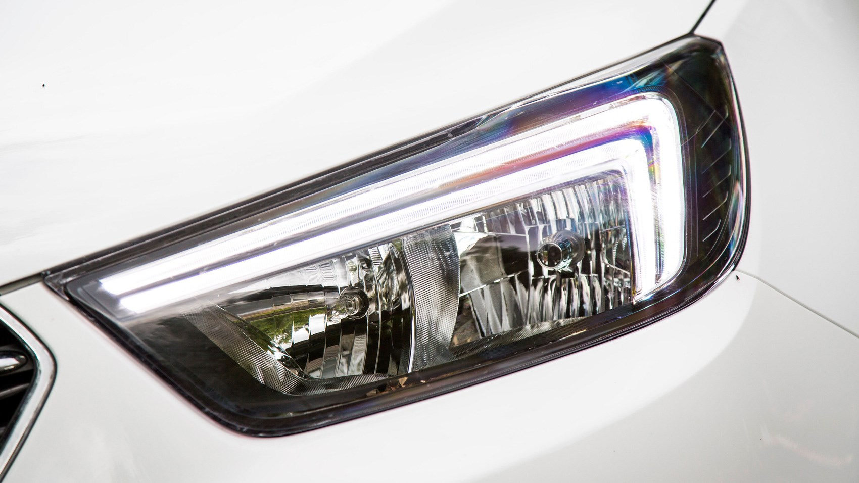 Vauxhall Mokka X headlight