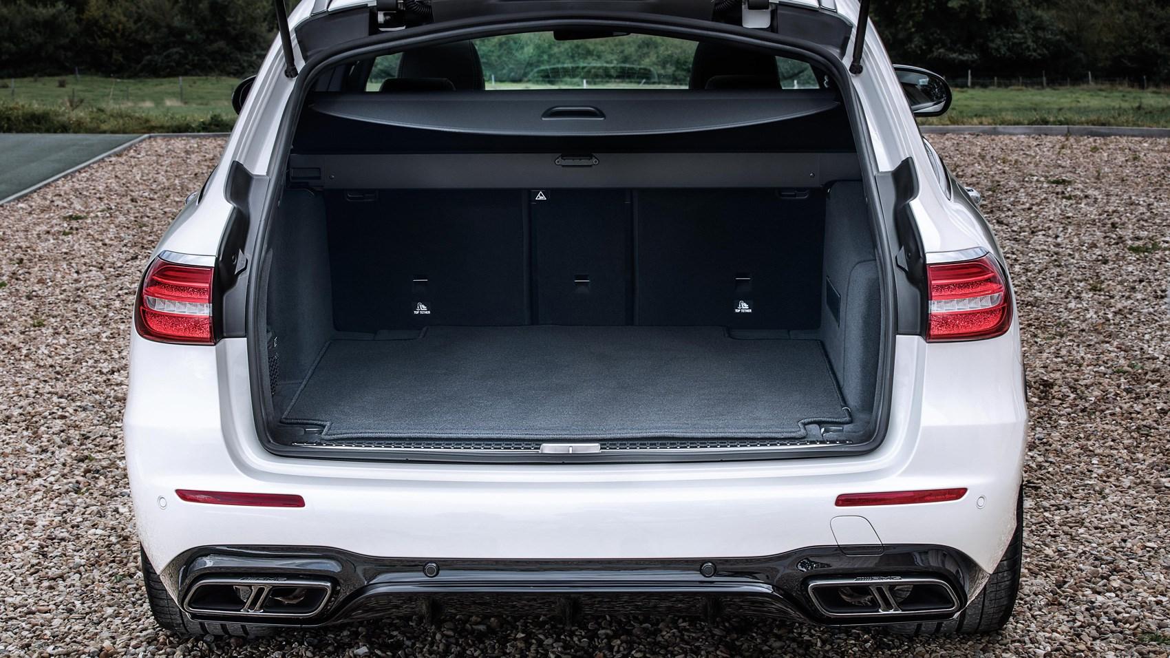 Mercedes-AMG E63 Estate boot