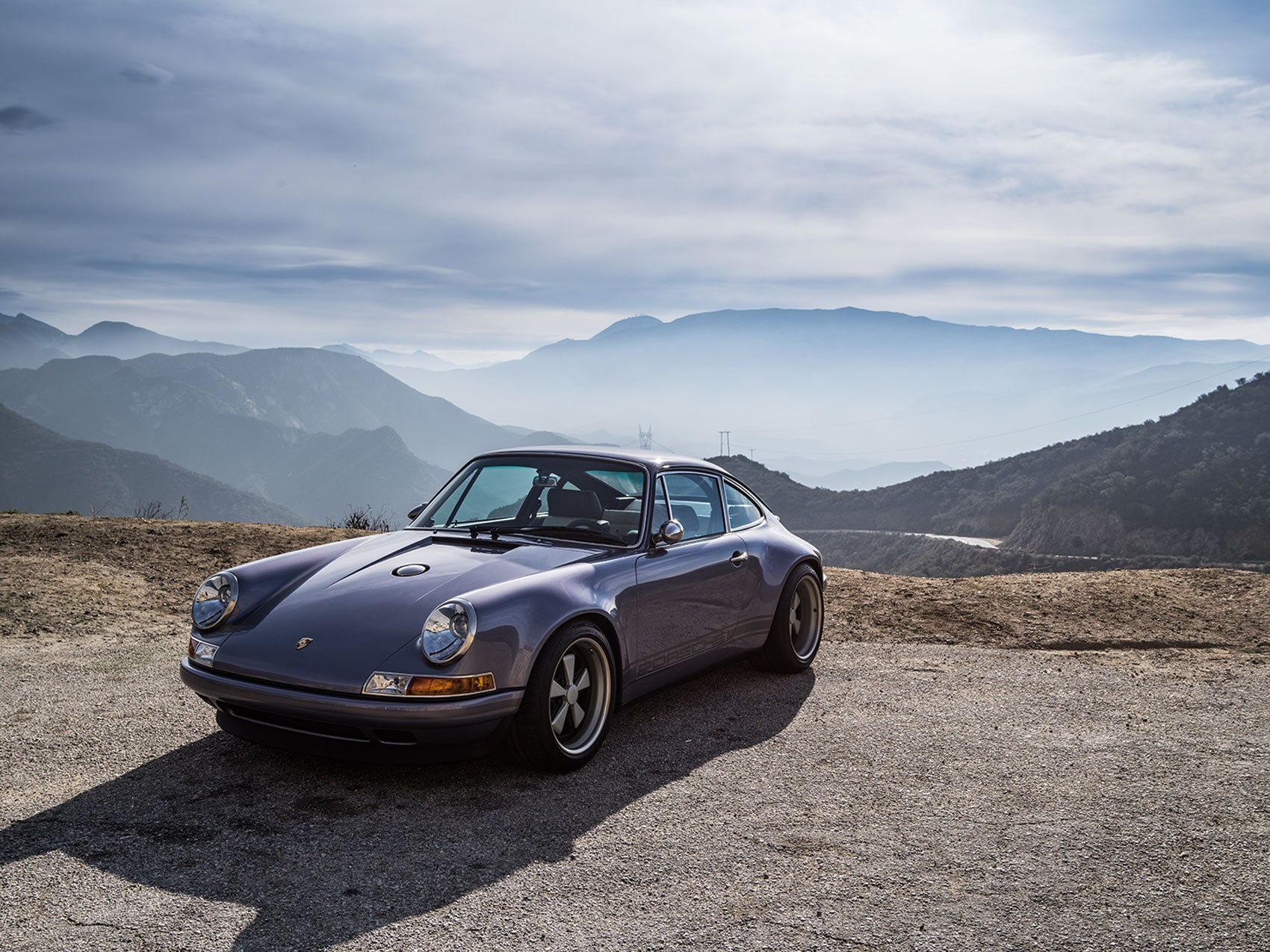 Next-level 911: Singer teams up with Williams and Hans Mezger | CAR ...
