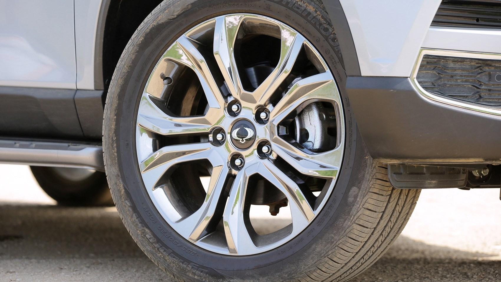 SsangYong Rexton wheel