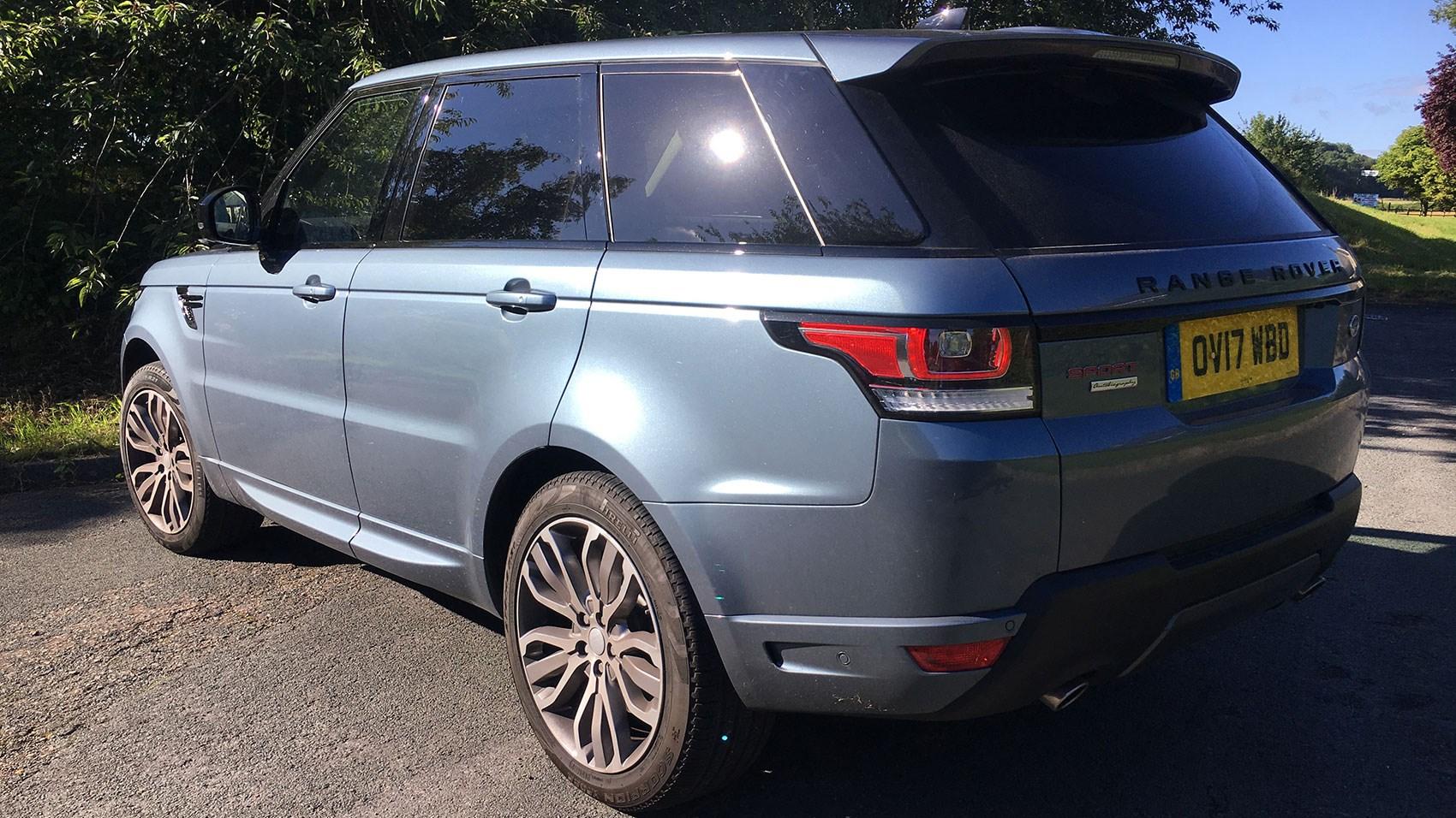 Range Rover Sport SDV7 2017 model year rear view