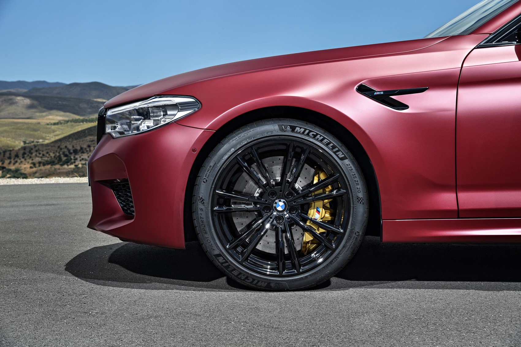 The New 2018 BMW M5 Teased In A Facebook Video
