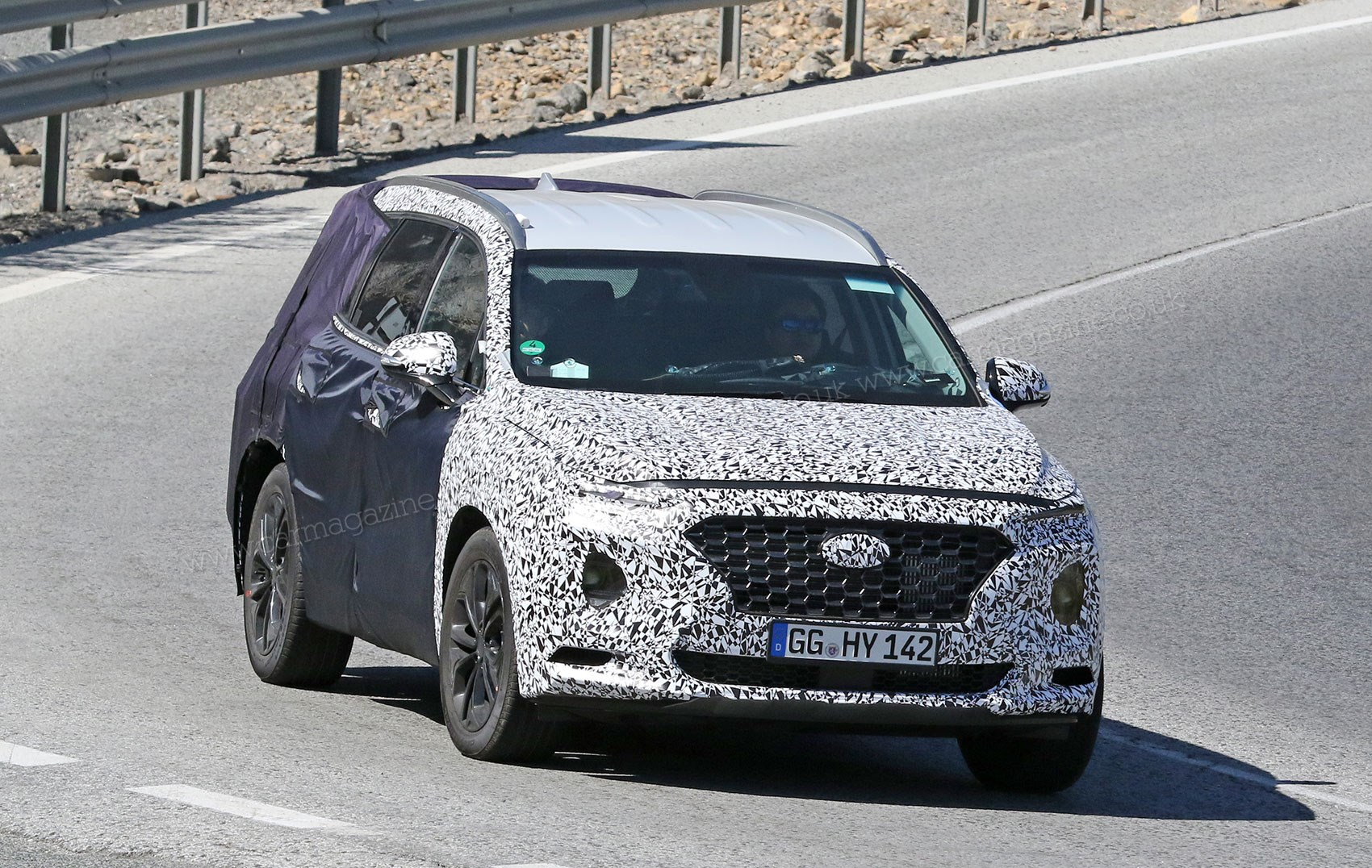 New 2018 Hyundai Santa Fe spy photos specs prices | CAR ...