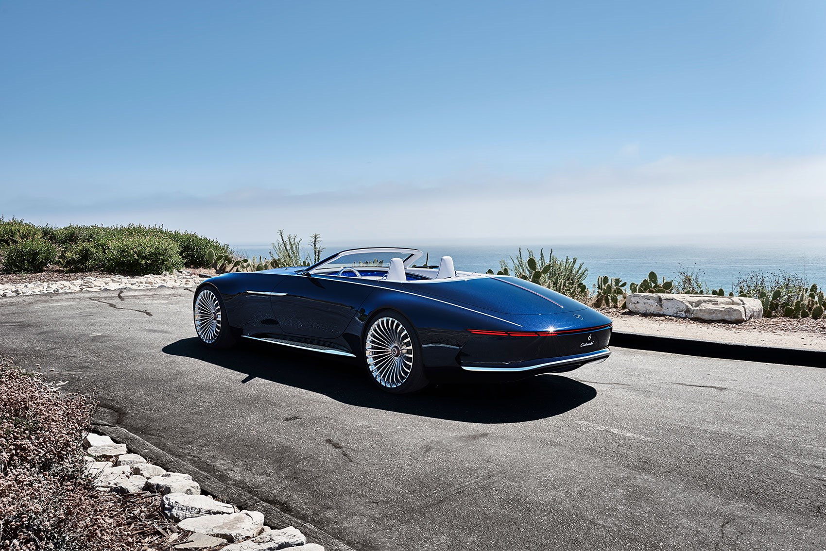 It S A Gargantuan Roadster With Real Presence The Vision Mercedes Maybach 6 Cabriolet