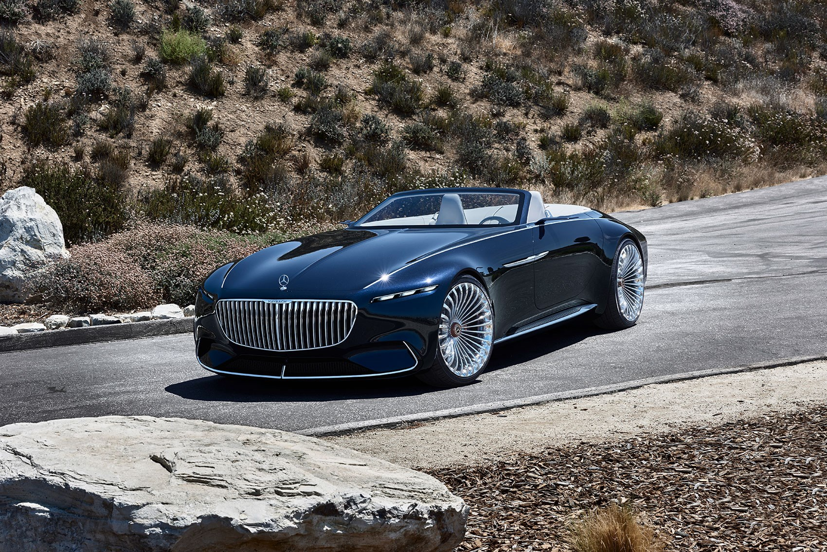 Vision mercedes maybach 6 cabriolet news photos specs for Mercedes benz maybach 6 price