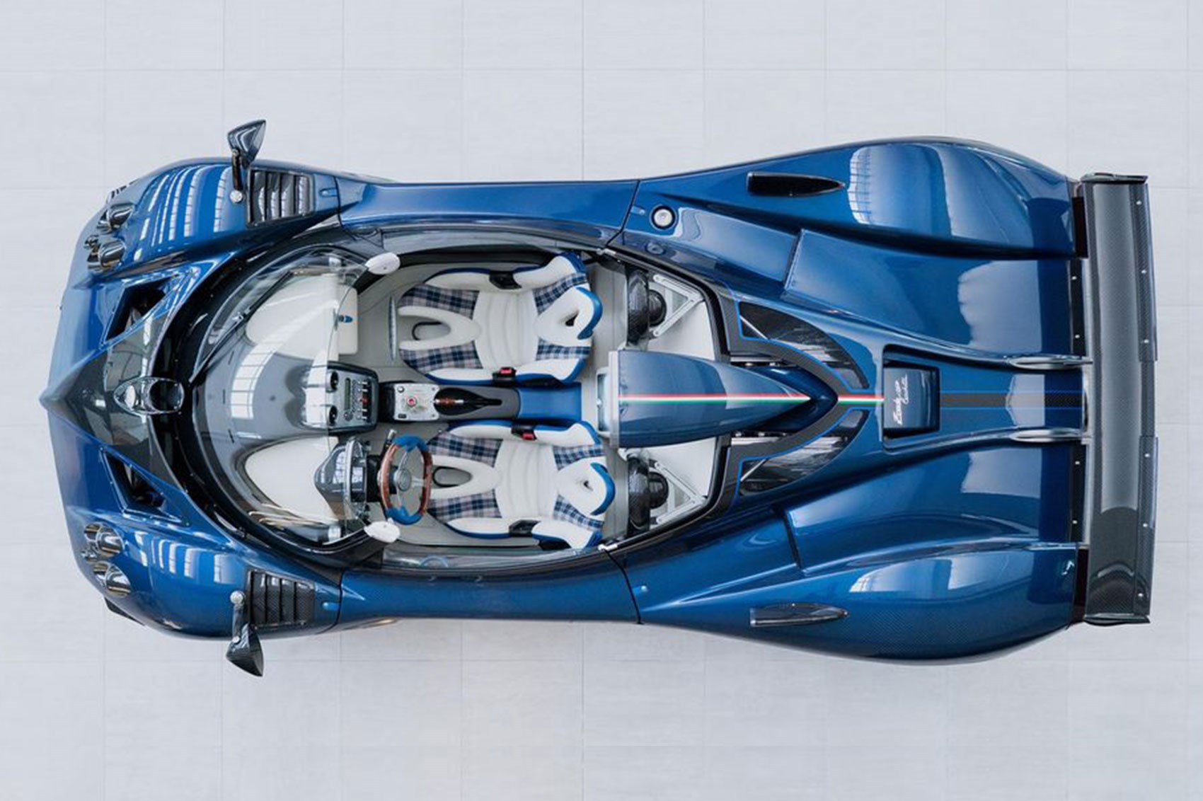 Pagani Zonda HP Barchetta is truly the Ultimate Zonda
