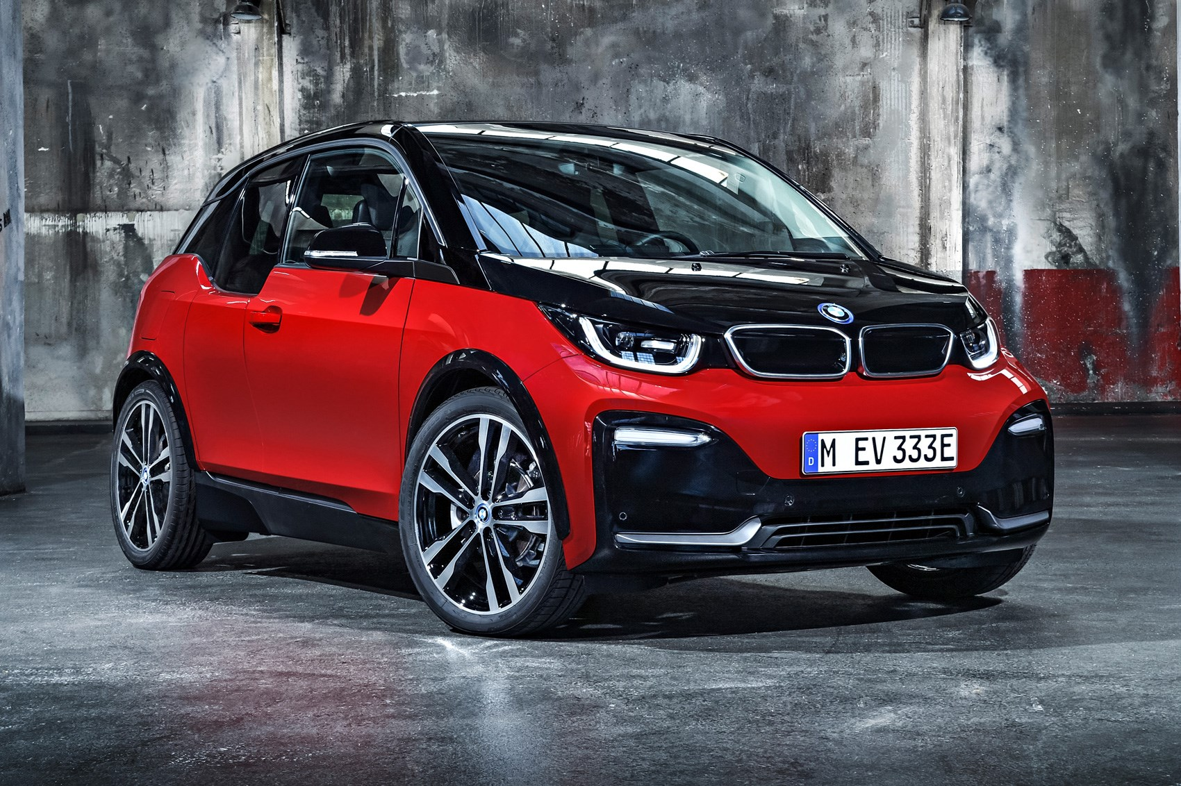 warm ev anyone bmw i3 s surges in ahead of frankfurt 2017 by car magazine. Black Bedroom Furniture Sets. Home Design Ideas