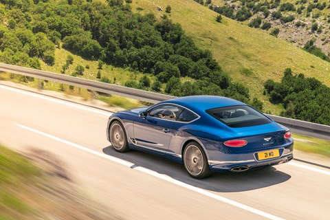 Bentley Continental GT 2018 rear tracking