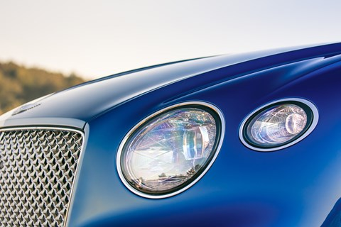 Bentley Continental GT 2018 headlight